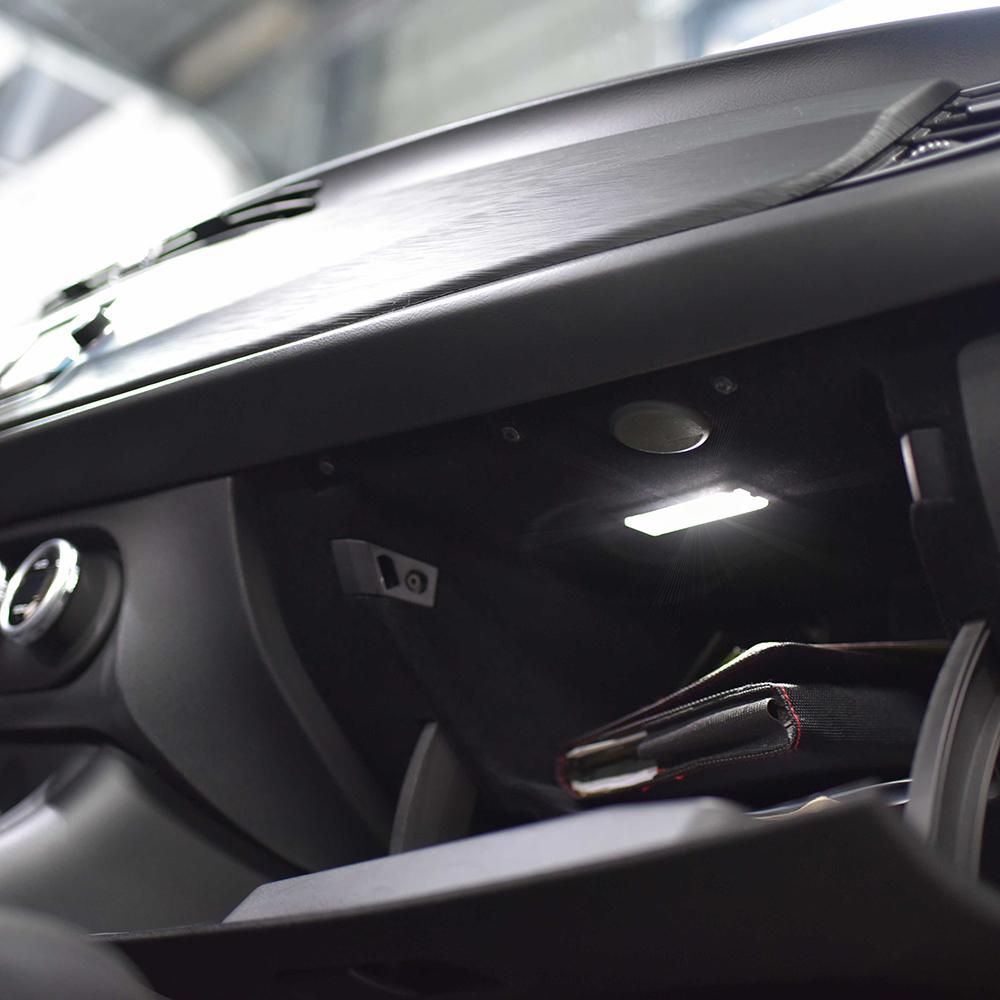 Pack (Standard) Boite à gant LED Alfa Romeo Giulietta
