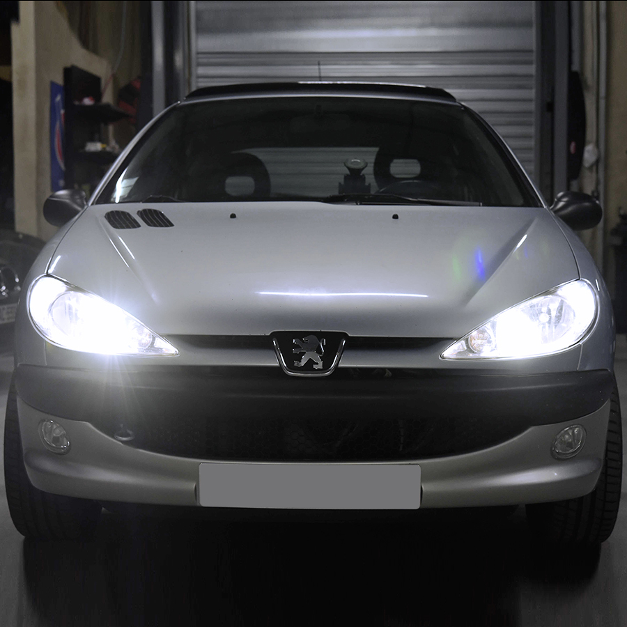 PACK LED (Premium) Feux de Route / Croisement Peugeot 206 (Ampoule H4)