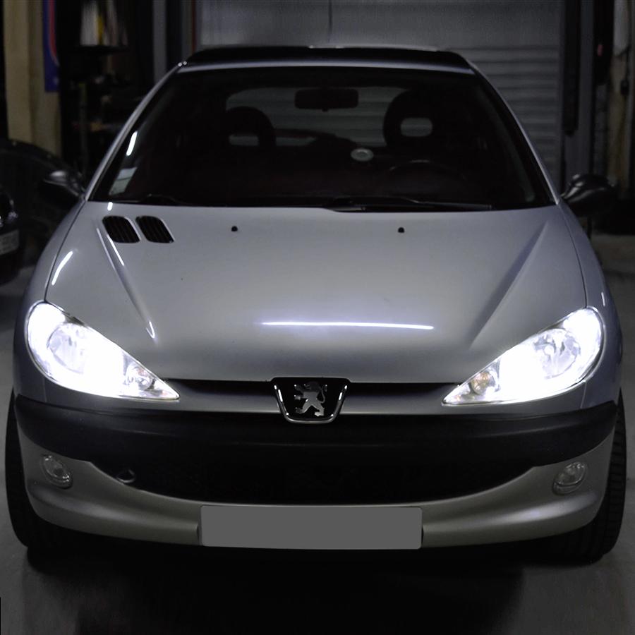 PACK LED (Premium) Feux de Croisement / Route Peugeot 206 (Avec ampoule H4)